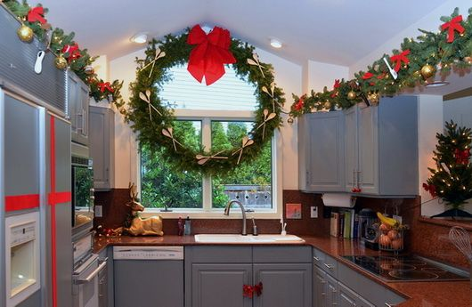 2e1ax_default_entry_ChristmasKitchenDecorating_02